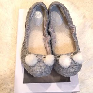 1901 Teague gray cable knit slippers with Pom poms